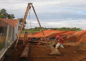 Estaca escavada apiloada